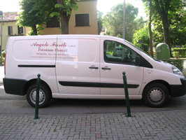 furgone fioreria scritte adesive